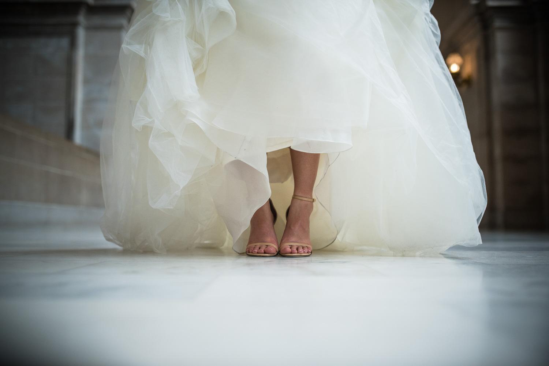 bride vera wang dress
